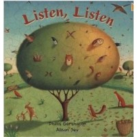 Listen, Listen in Romanian & English (PB)