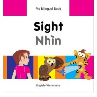 Bilingual Book - Sight in Vietnamese & English [HB]
